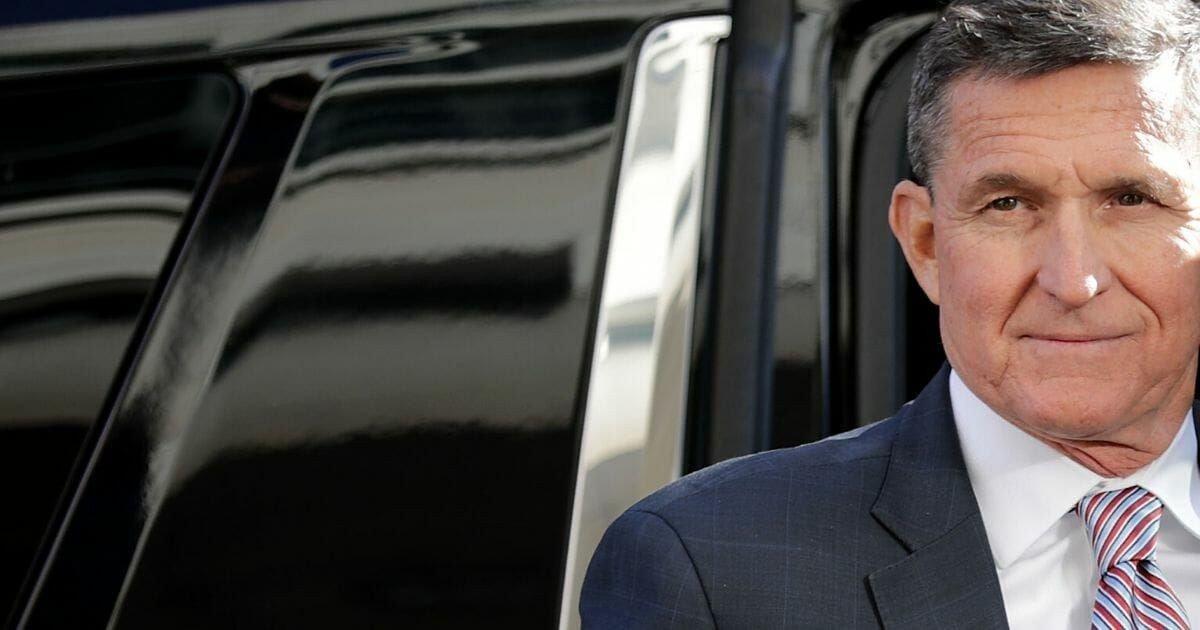 Flynn-exiting-car