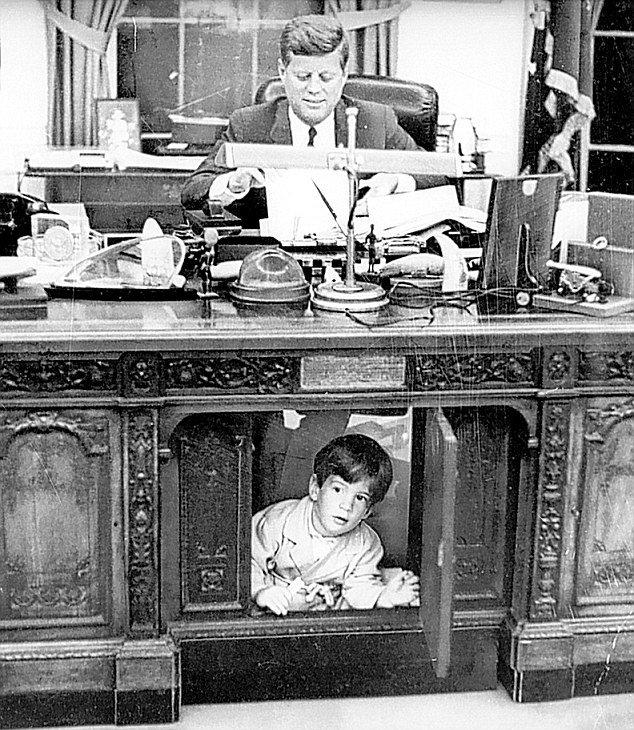 JFK Resolute Desk with JJ